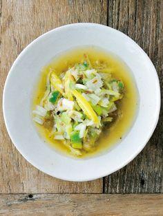 レモンの皮が味を引き締める!|『ELLE a table』はおしゃれで簡単なレシピが満載!