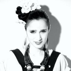 See Julieta Venegas pictures, photo shoots, and listen online to the latest music. Latin Music, Music Artists, Photoshoot, Actors, Hair Styles, Peeps, Inspiration, Image, Beautiful