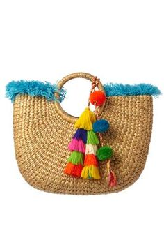 Handwoven hyacinth basked lined with multicolored textile and decorated with a pom pom charm. All I Ever Wanted, Boho Bags, Craft Night, Summer Bags, Clutch Wallet, Designer, Straw Bag, Purses And Bags, Tassels