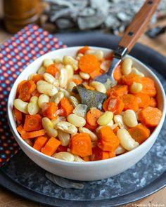 Cocos de Paimpol aux carottes et à la sauge Fruit Salad, Cantaloupe, Sweet Potato, Potatoes, Vegetables, Food, Sage, Cooking Recipes, Chopped Salads