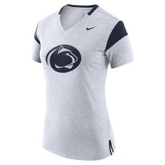 Look like an elite fan in this stylish women's Penn State Nittany Lions tee from Nike. Milan Fashion Weeks, New York Fashion, Teen Fashion, Runway Fashion, Fashion Models, Modest Fashion, London Fashion, Fashion Trends, Winter Outfits