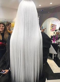 Not Another Salon - Frauenwelt Beautiful Long Hair, Gorgeous Hair, Long White Hair, Platinum Blonde Hair, Grunge Hair, Ombre Hair, Pretty Hairstyles, Dyed Hair, Hair Inspiration
