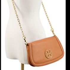 Tory Burch Amanda clutch/cross body Used this bag a handful of times. Great condition, like new! Tory Burch Bags