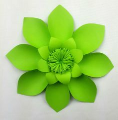 This is a beautiful individual 20 cm (8 inch) diameter handmade giant paper flower. Two colors to choose from Green and White Use our easy set up instructions available on our website. Mix and match t