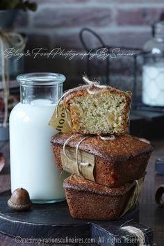 mini cake aux jaunes d'oeufs et pommes Un Cake, Samar, French Toast, Dairy, Cheese, Breakfast, Mini, Desserts, Food