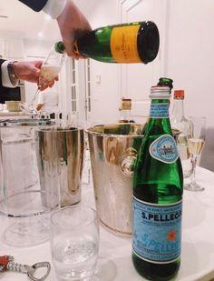 See more of pureluxuriess's VSCO. Champagne Bar, Drinks, Bottle, Green Juices, Ski Season, Apres Ski, Mood, Galveston, East Coast