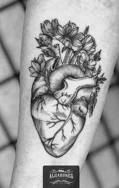 Heart tattoos: The 50 most enchanting ideas the internet - I love tattoos Grace Tattoos, Mommy Tattoos, Dream Tattoos, Future Tattoos, Love Tattoos, Body Art Tattoos, Crown Tattoos, Ribbon Tattoos, Skull Tattoos