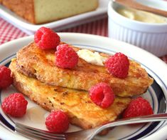 Almond Flour French Toast - Low Carb Pancakes, Waffles, and French Toast Recipe Round Up | Peace Love and Low Carb