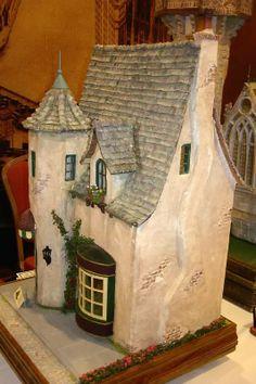 Connie Sauve - Miniature Show Photos Outdoor Office, Outdoor Decor, Garden Nook, Show Photos, Small Houses, Shutterfly, Nooks, Dollhouses, Tudor