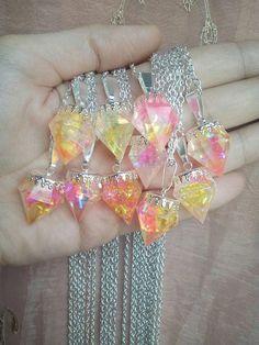 Guarda questo articolo nel mio negozio Etsy https://www.etsy.com/it/listing/569820994/collana-cristallo-diamante-fantasy-fatta