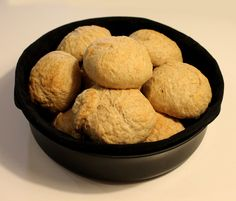 Kunne du tænke dig at lave en omgang boller der smager fantastisk og som stadig mætter? Se opskriften på proteinboller lige her >> |
