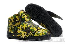 Jeremy Scott Wings Camo Womens Green appearance and personality of the vamp design colors, creating a different JS style, camouflage color is the most important things to watch, I believe you will love this shoe. Camo Shoes, Wing Shoes, Camouflage Wedding, Camo Wedding, Adidas Shoes Women, Adidas Men, Jeremy Scott Adidas Shoes, Baskets, Camouflage Colors