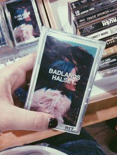Forever in love w Halsey Melanie Martinez, Good Music, My Music, Hopeless Fountain Kingdom, The Wombats, Everything Is Blue, Music Aesthetic, Retro Aesthetic, Music Lyrics