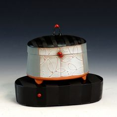 Crimson Laurel Gallery Liz Zlot Summerfield Box with Brick