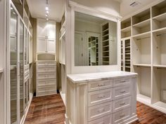 22 N Cheska Photo Gallery Spare Bedroom Closets, Big Closets, Master Closet, Walk In Closet, Closet Island, Bedroom Layouts, Custom Cabinetry, Home And Family, Dressing Rooms