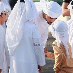 : ﴾Thursday, 15/10/2015 الخميس﴿ ▃▃▃▃▃▃▃▃▃▃▃▃▃▃▃▃▃▃▃ صورة|  سمو الشيخ حمدان بن محمد بن راشد آل مكتوم #ولي_عهد_دبي مع الأطفال في سباق مدينة دبي الدولية للقدرة لمسافة 80 كم من تصنيف CEI* في مدينة دبي الدولية للقدرة بمنطقة سيح السلم. •  @faz3  • Pic| #CrownPrinceOfDubai H.H Sheikh Hamdan bin Mohammed bin Rashid Al Maktoum with kids at the DIEC Ride - CEI* 80 Km at the Dubai International Endurance City in Seih Al Salam. ▃▃▃▃▃▃▃▃▃▃▃▃▃▃▃▃▃▃▃ repost from @justnada2020