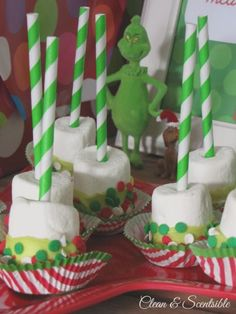 Grinch Party - Clean and Scentsible School Christmas Party, Grinch Christmas Party, Grinch Who Stole Christmas, Xmas Party, Christmas Goodies, Christmas Birthday, Family Christmas, Christmas Treats, Holiday Treats