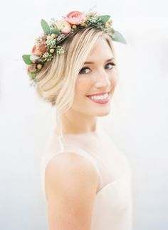 Flower crown updo | Clary Pfeiffer