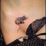Mouse or rat Tattoo. Badass Tattoos, Sexy Tattoos, Body Art Tattoos, Hand Tattoos, Girl Tattoos, Sleeve Tattoos, Awesome Tattoos, Rat Tattoo, Cover Tattoo
