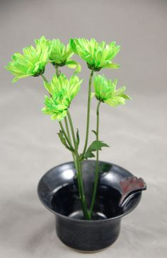 Vase Ikebana Style Bud Vase in Black Lapis with Red Ginkgo Leaf by moonstarpottery on Etsy