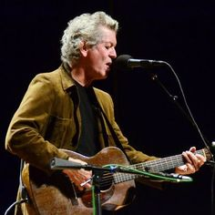 Stream Rodney Crowell's set on Mountain Stage! One of country music's most respected songwriters recently released an album called Kin, on which he collaborates with poet, novelist and fellow Texan Mary Karr. During his 40-year career, Crowell has worked with Emmylou Harris' Hot Band, as well as Vince Gill and Tony Brown in The Cherry Bombs.