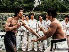 Bruce Lee Martial Arts, Self Defense Martial Arts, Perfect Physique, Jeet Kune Do, Elizabeth Montgomery, Enter The Dragon, Mythological Creatures, Batman Art, King Of Kings