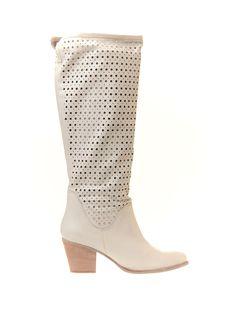 #Cizme de Vara dama lungi perforate star cu toc Moda Italiana Alb -> http://www.fashion8.ro/cizme-de-vara/1504-cizme-de-vara-dama-lungi-perforate-star-cu-toc-moda-italiana-alb