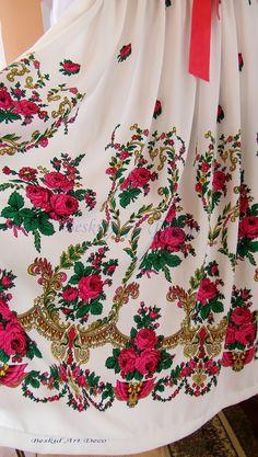Spódnica góralska Polish People, Folk Fashion, Wedding Wear, Indian Outfits, Bujo, Parka, Evening Dresses, Floral Tops, Invitations