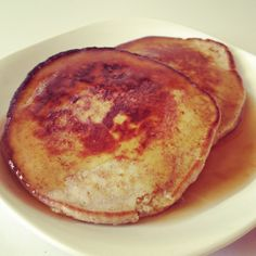 Low carb pancakes made with almond flour.  Lowcarbboy.com