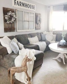 Excellent farmhouse living room decorating ideas are offered on our site. look at this and you wont be sorry you did. My Living Room, Home And Living, Living Room Decor, Small Living, Modern Living, Farmhouse Remodel, Farmhouse Decor, Modern Farmhouse, Rustic Decor