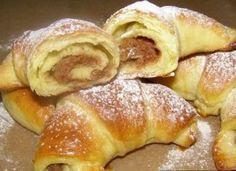 Cornulete pufoase cu crema de nuca Sweets Recipes, Doughnut, French Toast, Food And Drink, Chocolate, Breakfast, Coffee, Romanian Recipes, Morning Coffee