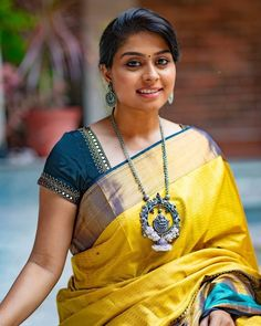 Latest Traditional Blouse Designs - The handmade craft Sari Blouse, Pattu Saree Blouse Designs, Blouse Designs Silk, Designer Blouse Patterns, Bridal Blouse Designs, Traditional Blouse Designs, Simple Blouse Designs, Stylish Blouse Design, Kids Blouse Designs