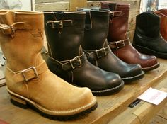 Viberg engineer boots.... I need while riding... ;)
