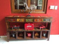 Mesa De Arrime Recibidor Con Maderas Recicladas!!! - $ 8.500,00 en Mercado Libre Barn Wood, Liquor Cabinet, Entryway Tables, Artisan, Storage, Furniture, Home Decor, Necklaces, Salvaged Wood