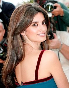 Penelope Cruz Hair: So here are the hair trends that got our attention this year. The hottest red carpet styles.