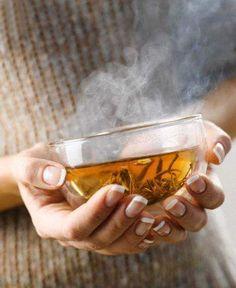 cup of tea / french / nails Pu Erh, Tea For Colds, Pause Café, Autumn Tea, Chamomile Tea, Tea Art, My Cup Of Tea, Herbal Tea, Tea Recipes