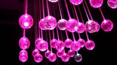 Zachęcamy do obejrzenia nowego filmu prezentującego projekt kurtyny świetlnej z elementami kryształowymi :)