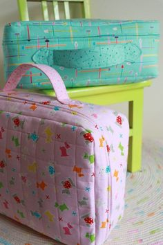 Small World Suitcase : project bag suitcase pattern suitcase