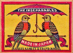 鳥の手が。japan Match box