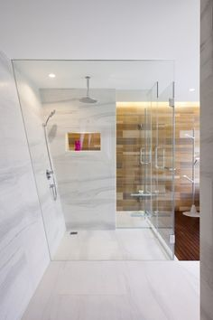 If you have a small bathroom in your home, don't be confuse to change to make it look larger. Not only small bathroom, but also the largest bathrooms have their problems and design flaws. Contemporary Bathrooms, Modern Bathroom, Small Bathroom, Design Bathroom, Bad Inspiration, Bathroom Inspiration, Fee Du Logis, Folding Walls, Marble Showers