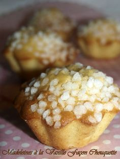 Chez Cathy, Pie Co, Cupcake Cakes, Cupcakes, Muffin Cups, French Food, Breakfast Time, Biscuits, Doughnut