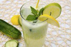 crustycorner: Okurková limonáda/ Mojito Mojito, Glass Of Milk, Cantaloupe, Panna Cotta, Healthy Living, Smoothie, Fruit, Drinks, Cooking