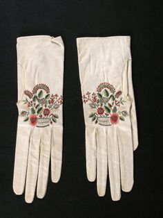 Embroidered kid gloves, 1800-1830, Dudmaston © National Trust / Claire Reeves