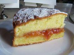 Marmellata di albicocche - Torta farcita con marmellata di albicocche