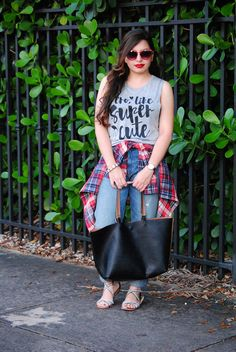 Earnestyle - Pero Like, Super Cute // How to wear flannel in Miami // Casual weekend grunge