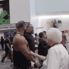 Troll Grandma : WatchPeopleDieInside