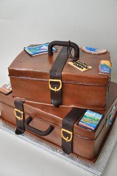Luggage Cake - What a great idea! Luggage Cake, Suitcase Cake, 3d Cakes, Cupcake Cakes, Happy Birthday, Birthday Cakes, Cake Designs, Birthday Celebration, Amazing Cakes