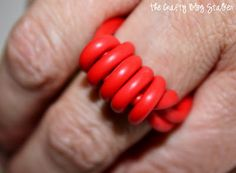 Make your own jewelry out of electrical wire! This wire ring is super cute and not what you would expect for DIY Jewelry. Full picture tutorial.