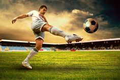 special guest post by Alina Jones. Her tips may seemed more aimed at what she would call football and what we could call soccer but are great for any sports event. Here are some general tips and wa… Soccer Poses, Soccer Shoot, Ballon D'or, Senior Portraits, Senior Pictures, Smart Tv, Soccer Training Program, Fifa, Video Sport
