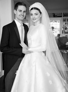 Miranda Kerr channelled the elegant look of Grace Kelly in a couture wedding gown from Dior at her wedding with Evan Spiegel. Dior Wedding Dresses, Celebrity Wedding Dresses, Celebrity Weddings, Bridal Gowns, Wedding Gowns, Wedding Bells, Wedding Bride, Wedding Ceremony, Celebrity Style